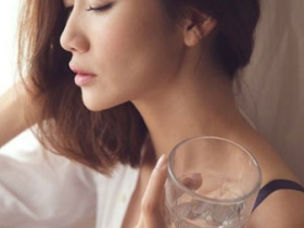 或许生活就应像一杯平淡的白开水